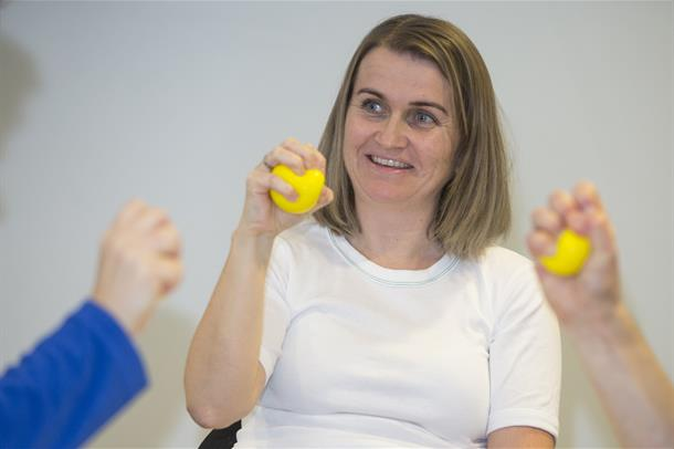 Ergonomisk håndtrening er den del av rehabiliteringsprogrammet ved HSR